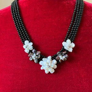 Kwan Collections Baroque Pearl Floral Necklace